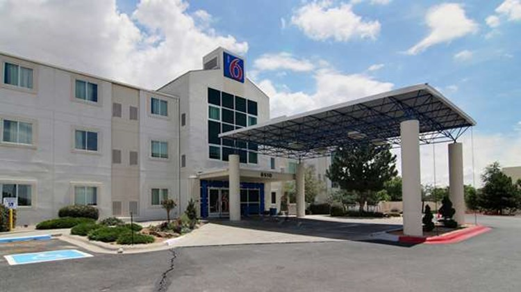 Motel 6 Albuquerque North Exterior