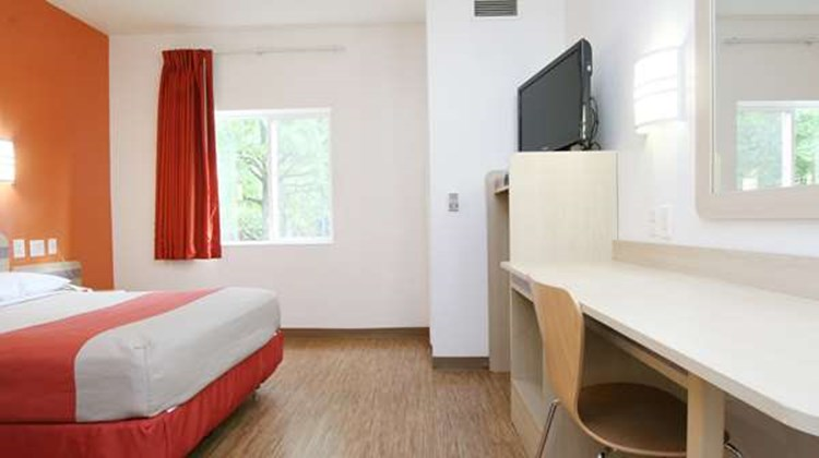 Motel 6 Burlington - Colchester Room