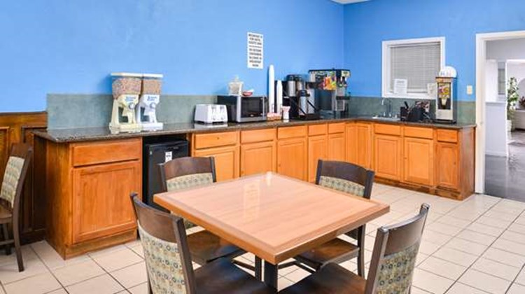 Americas Best Value Inn Clute Lake Jacks Other