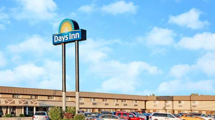 Days Inn Elk Chicago/OHare Airport West Exterior
