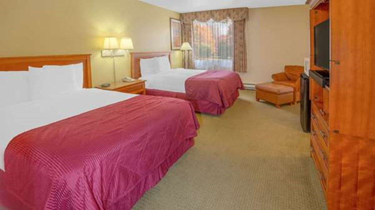 Days Inn Eureka CA Suite