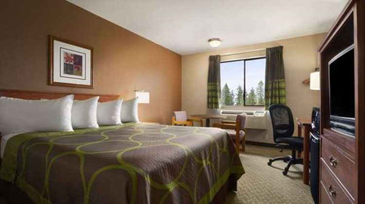 Super 8 Port Angeles Room