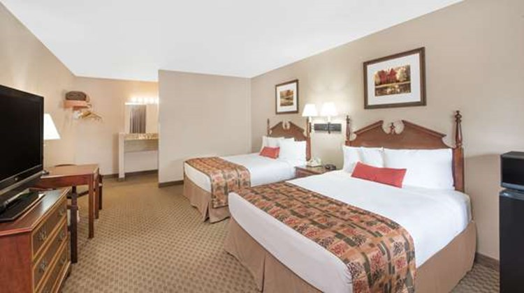 Days Inn Show Low Room