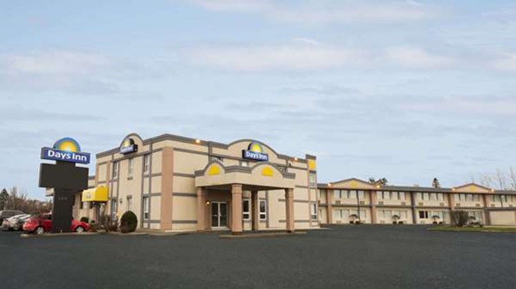 Days Inn Brockville Exterior