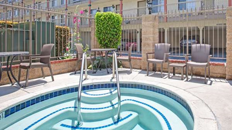 Days Inn Los Angeles LAX/Redondo Beach Pool