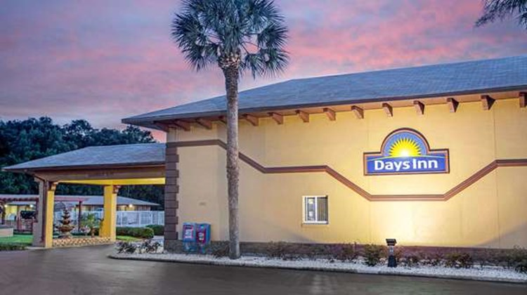 Days Inn Orange City/Deland Exterior