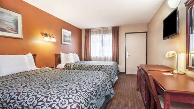 Days Inn Elkton Room