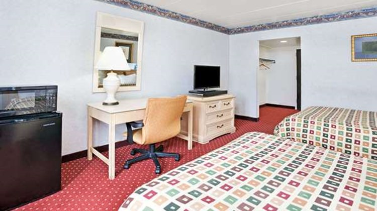 Days Inn Livonia/Detroit Room