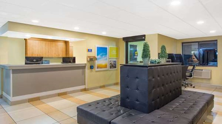 Days Inn Leominster/Fitchburg Area Lobby