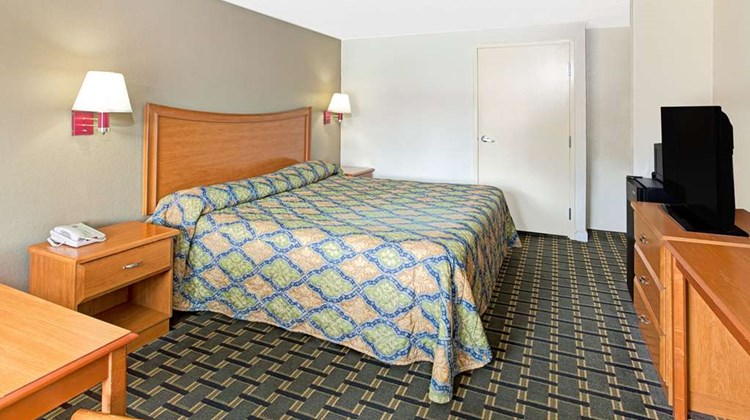 Knights Inn Cartersville Room