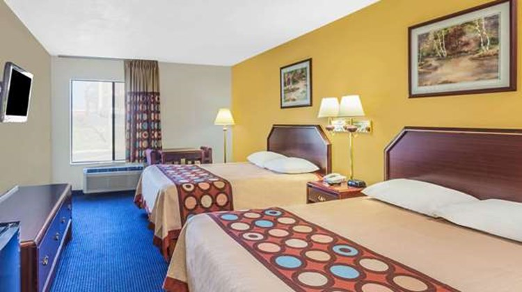 Super 8 Morristown/South Room