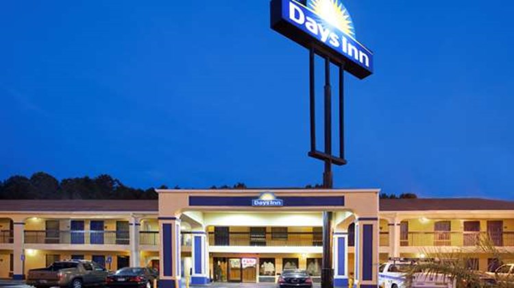 Days Inn Covington Exterior