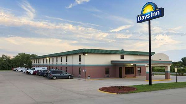 Days Inn Wichita North Exterior