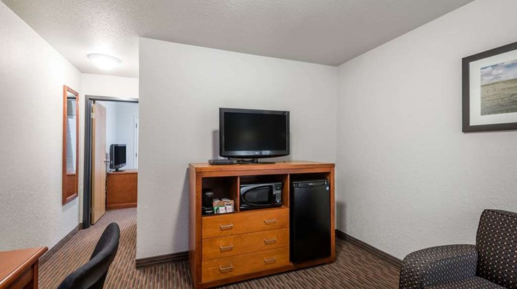 Super 8 Grande Prairie Room