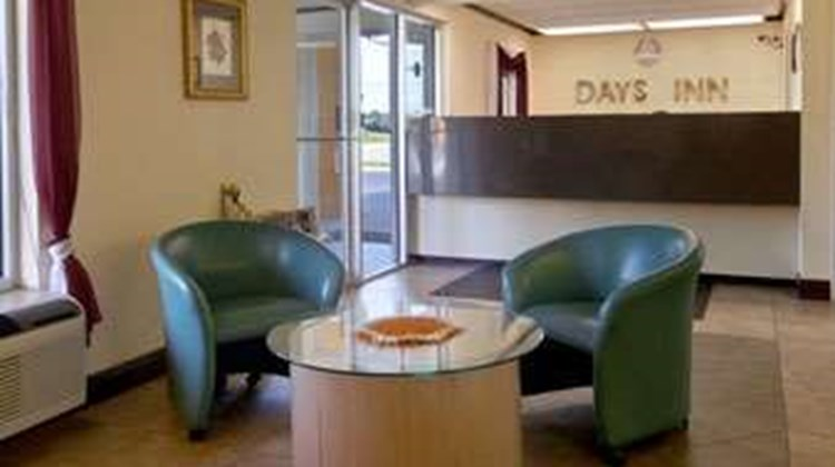 Days Inn Moss Point Pascagoula Lobby