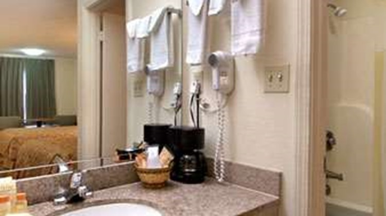 Days Inn Moss Point Pascagoula Room