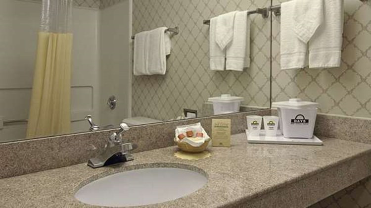 Days Inn Newport News/Oyster Point Room