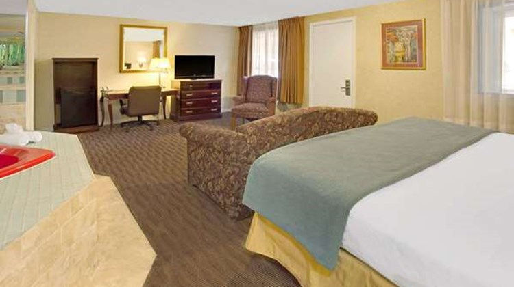 Days Inn Silver Spring Suite