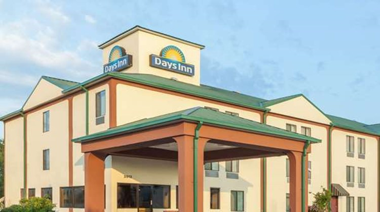 Days Inn LaPlace- New Orleans Exterior