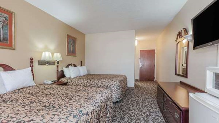 Days Inn LaPlace- New Orleans Room