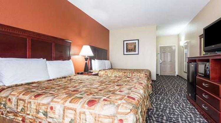 Days Inn & Suites Prattville Montgomery Room