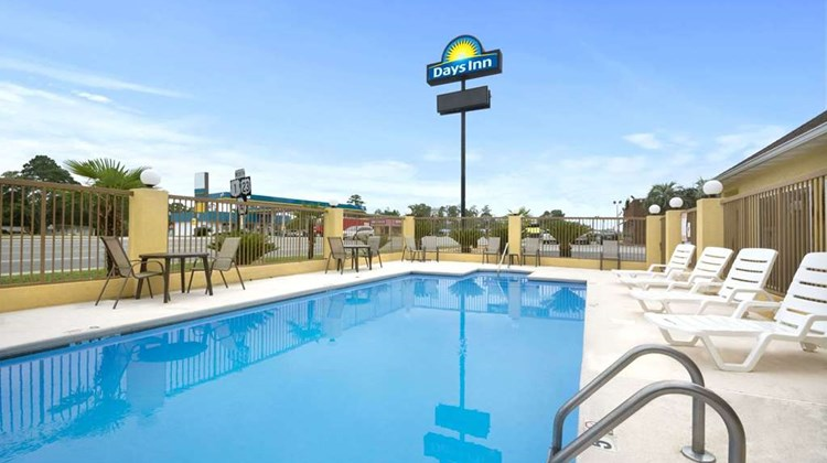 Days Inn Alma Pool