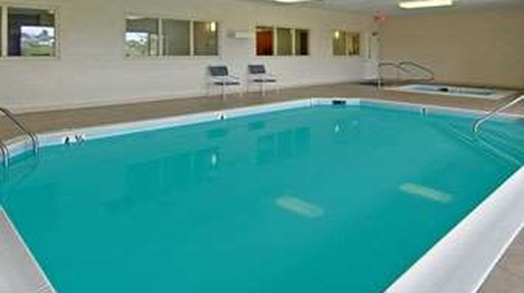 Ramada Limited Mount Sterling Pool