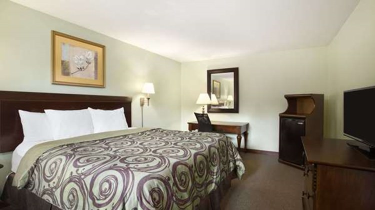 Days Inn Great Barrington Room