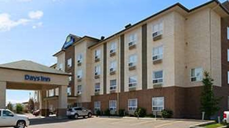 Days Inn Edmonton South Exterior