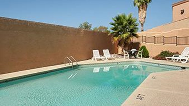 Days Inn & Suites Tucson Pool