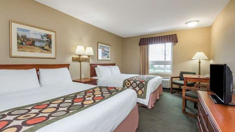 Super 8 Grimsby Room