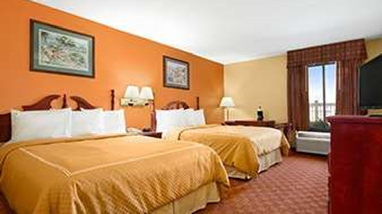 Ramada Limited Columbia Room