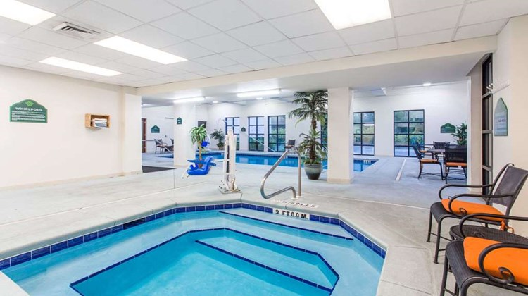 Wingate by Wyndham Panama City Area Pool