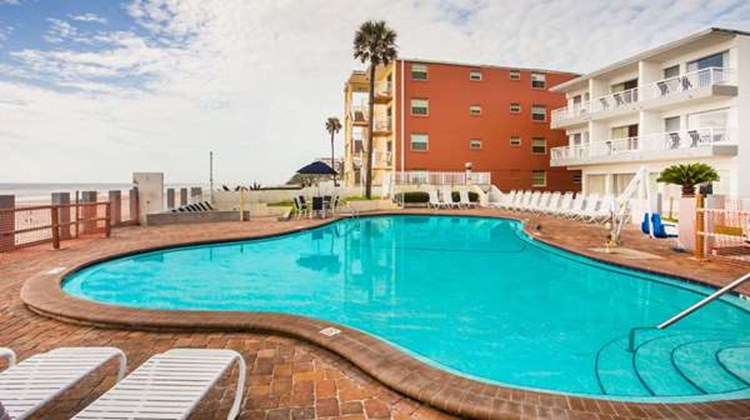 Days InnMainsail Oceanfront Pool