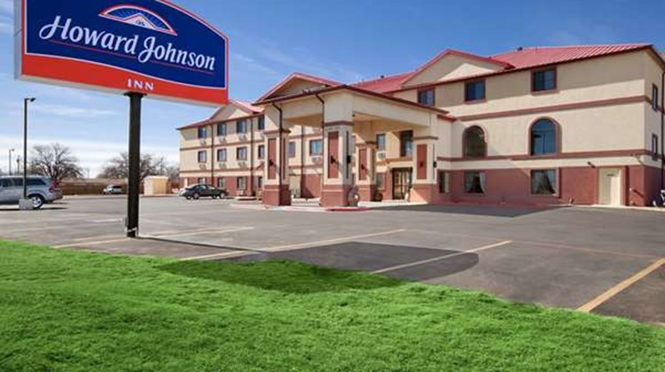 Howard Johnson Lubbock Exterior