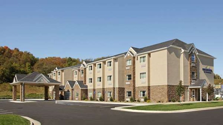 Microtel Inn & Suites Buckhannon Exterior