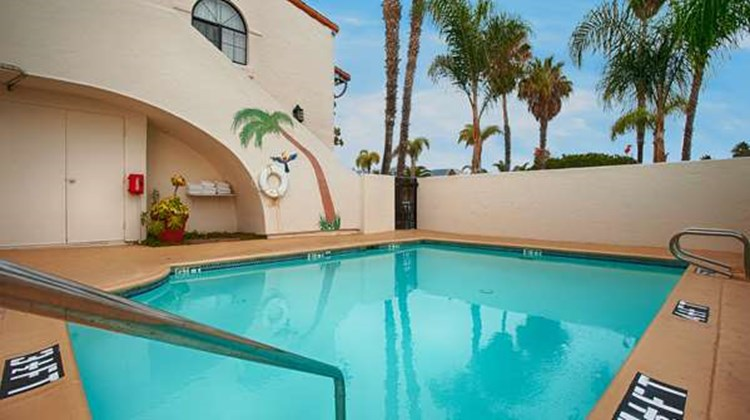 Best Western Plus Carpinteria Inn Pool