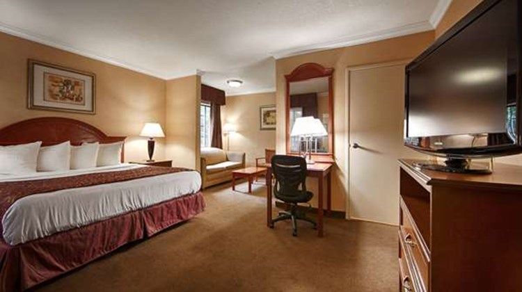Best Western Hollywood Plaza Inn Suite