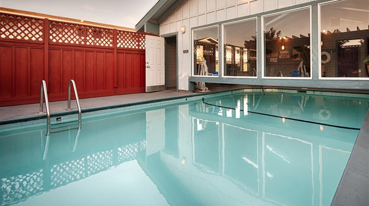 Best Western Arcata Inn Pool