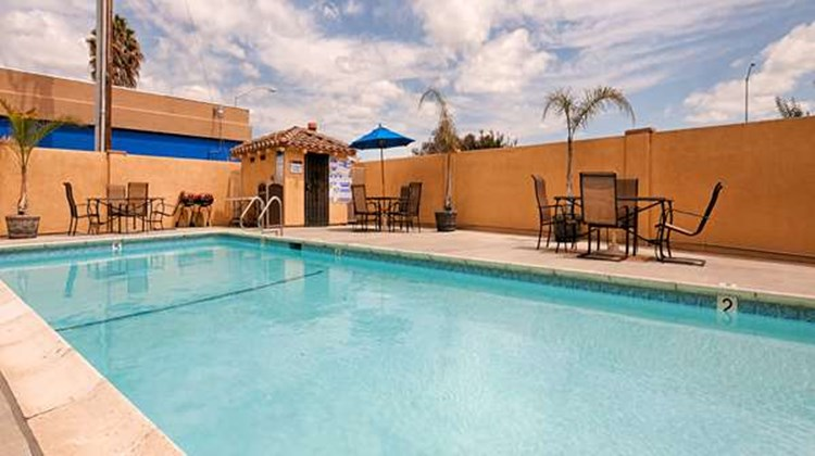 Best Western Plus Brookside Inn Pool