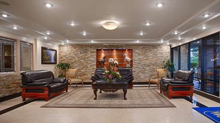 Best Western Plus Orange County Airport Lobby