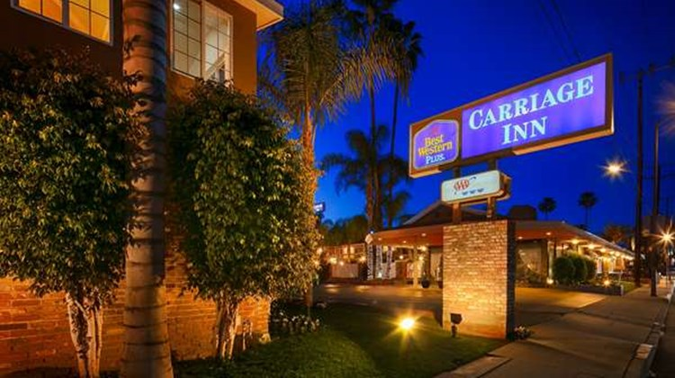Best Western Plus Carriage Inn Exterior