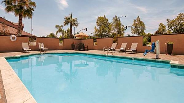 Best Western Plus Vineyard Inn Pool