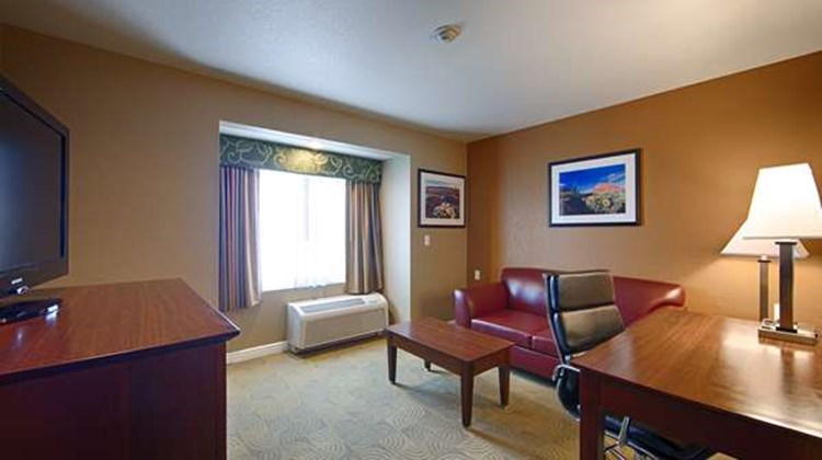 Best Western Inn & Sts California City Suite