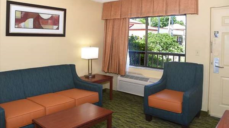 Best Western Orlando East Inn & Suites Suite