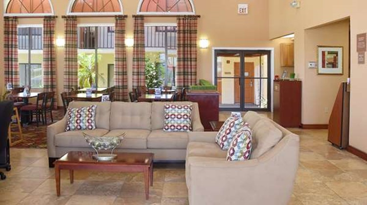 Best Western Orlando East Inn & Suites Lobby
