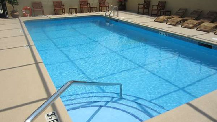 Best Western Mulberry Hotel Pool