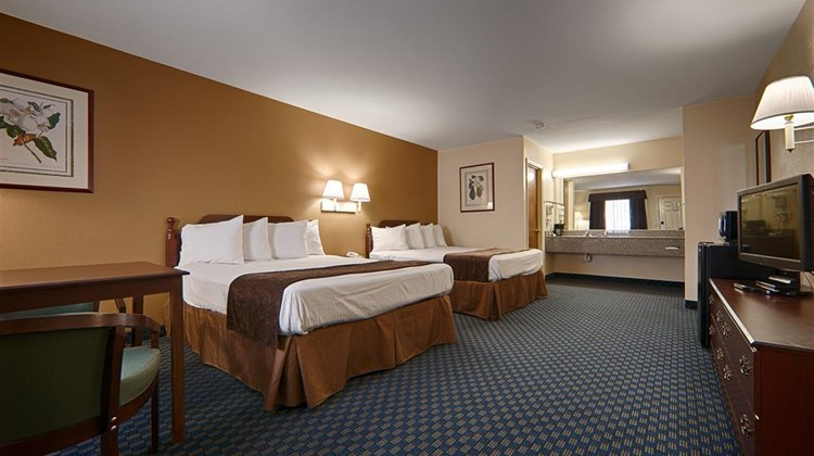 Best Western Ashburn Inn Room