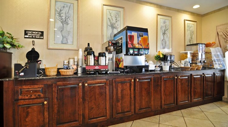 Best Western Ashburn Inn Restaurant