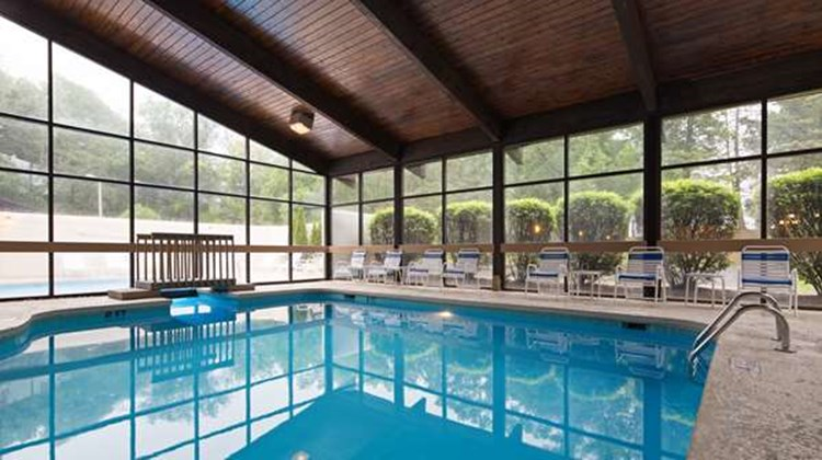 Best Western Plus LaPorte Hotel & Conf Pool
